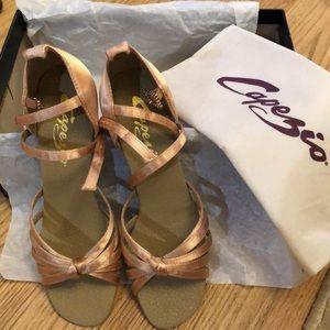 NWT 5.5M Satin Capezio Latin Ballroom Dance shoes
